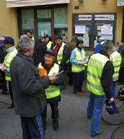 volontari civici al lavoro