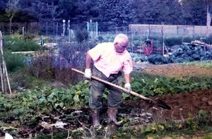 foto storica - per gentile concessione del Centro Sociale Orti anziani via Bel Poggio - Imola